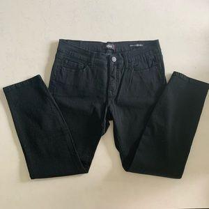 BDG Mid Rise Cigarette Grazer Black Jeans